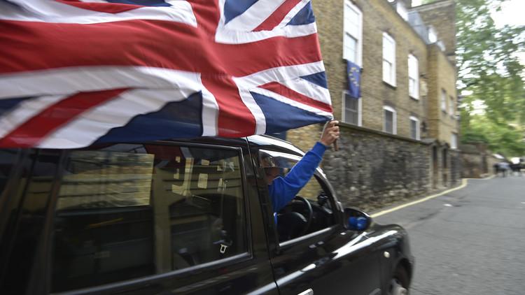 """Photo of بريطانيا """"تطلّق"""" الاتحاد الأوروبي بعد 43 سنة من العضوية"""