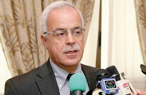 Photo of حميد قرين: يطالب القنوات الخاصة بالاحترافية واحترام أخلاقيات المهنة
