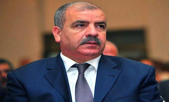 Photo of إيداع حسين نسيب وزير الموارد المائية الأسبق الحبس المؤقت