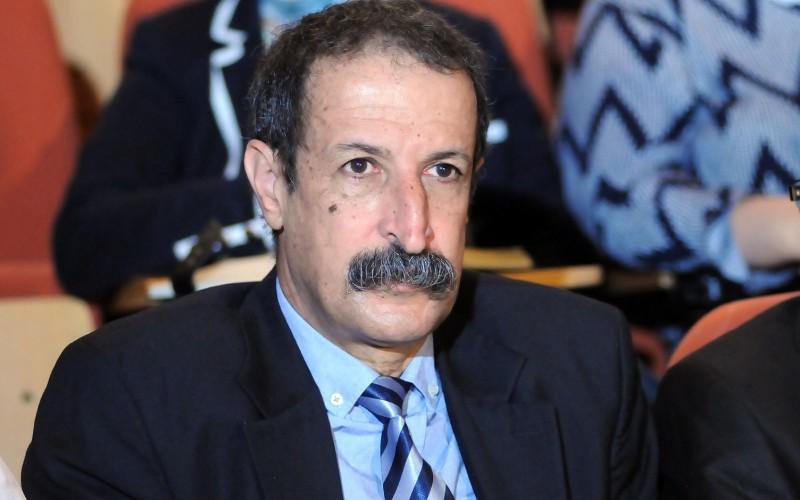 Photo of وزير الاتصال لا يزال موظفا عند حداد؟