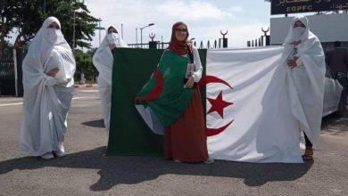 "Photo of القائمة الحرة ""الجزائر البيضاء"" تبدأ حملتها من مقبرة الشهداء بالكاليتوس"