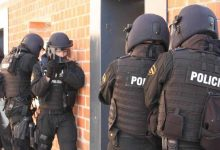 Photo of توقيف خمسة جزائريين كانوا يستعدون لتنفيذ هجومات بإسبانيا